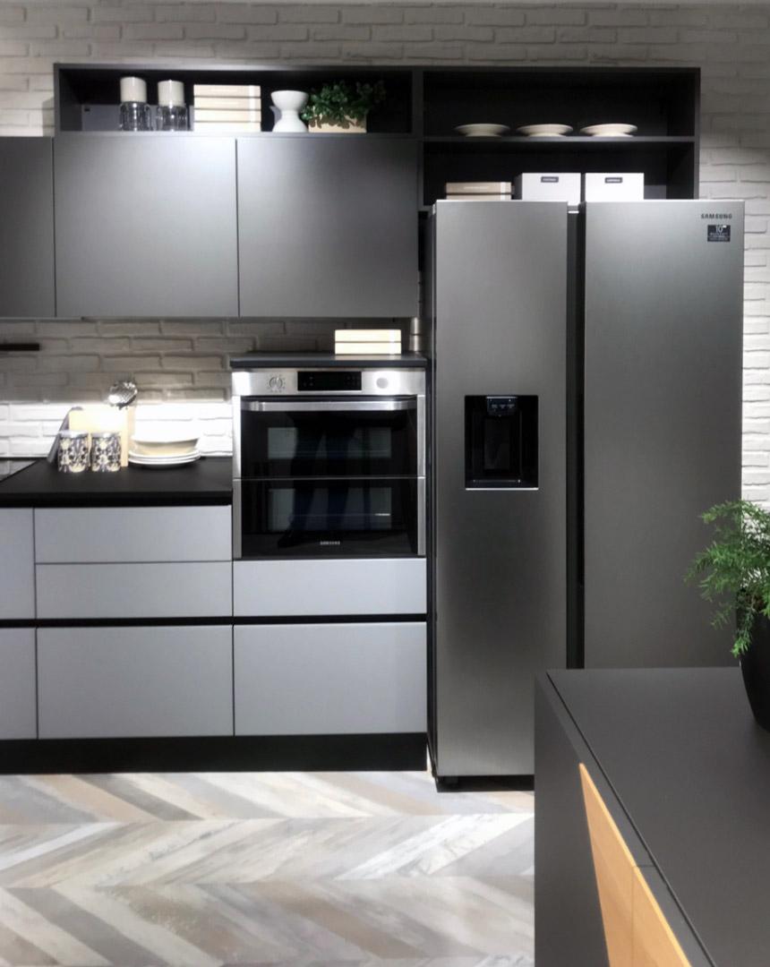 Milano Viale Certosa Il Gruppo Lube Inaugura Un Nuovo Store Creo Kitchens Creo Kitchens
